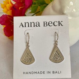 NWT Anna Beck Sterling Silver Fan Drop earrings